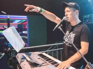 DJ Dziekan: Jestem muzycznym świrem